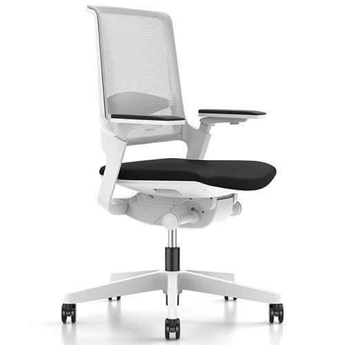 Bureaustoel De Wit.Bureaustoel Interstuhl Movy Wit Designkantoormeubilair Be